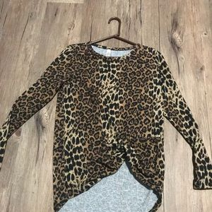 #m2d Leopard Top